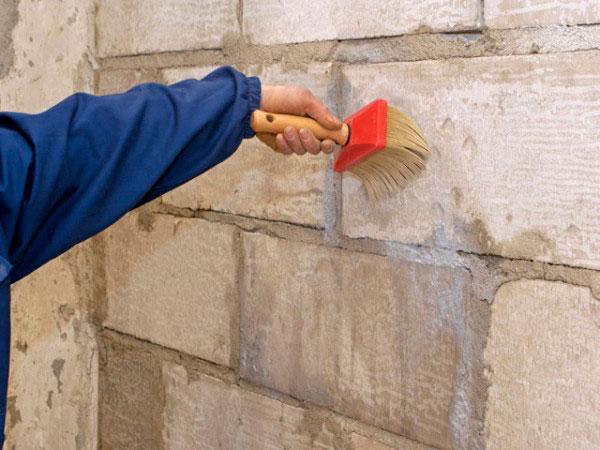 грунтовка стен перед нанесением штукатурки