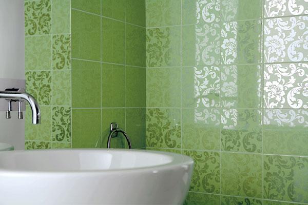 укладка кафеля при ремонте ванной красноярск